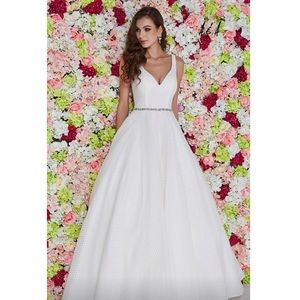 Angela & Alison Dresses - BRAND NEW Angela & Alison White Ball Gown